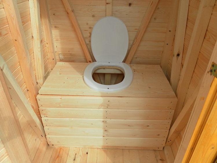 стульчак деревянный