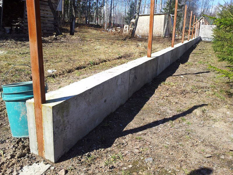 тяжелый забор